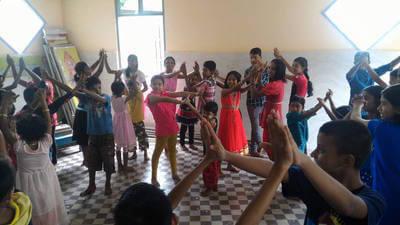 Myanmar-post-kids-hands